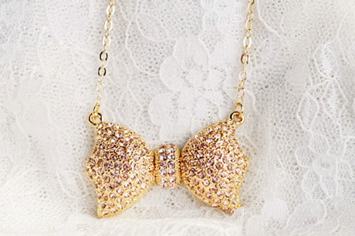 Gold Necklace Brilliant Crystal Rhinestone Bowknot Pendant Sweater Chain