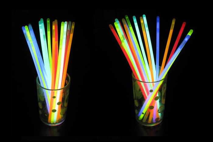 New 100pcs Mixed Color Glow Sticks Chemical Light Sticks Shinning Bracelet