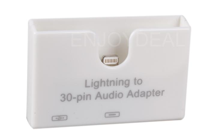 Mini Portable Audio Converter 8 Pin Male to 30 Pin Female Data Sync Adapter