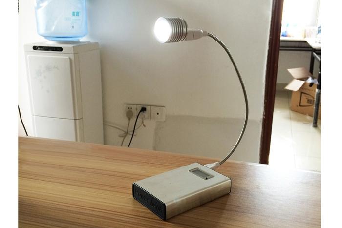 2w 3w portable mini usb led strahler lampe mobile taschenlampe stromabsatz ebay. Black Bedroom Furniture Sets. Home Design Ideas