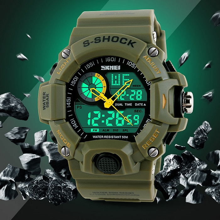 Boy�s Sports Digital Watch Multifunctional LED Electronic Wristwatch