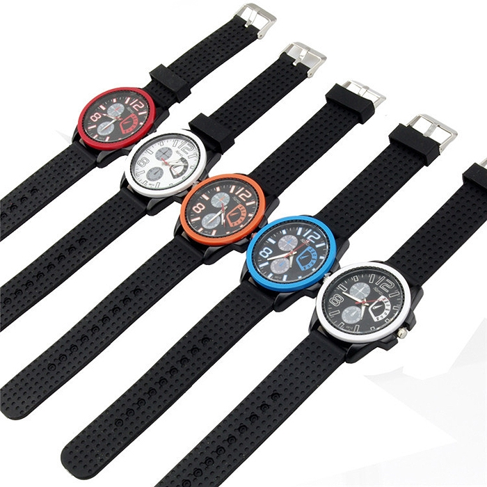 Casual Round Dial Unisex Silicone Sports Quartz Wrist Watch