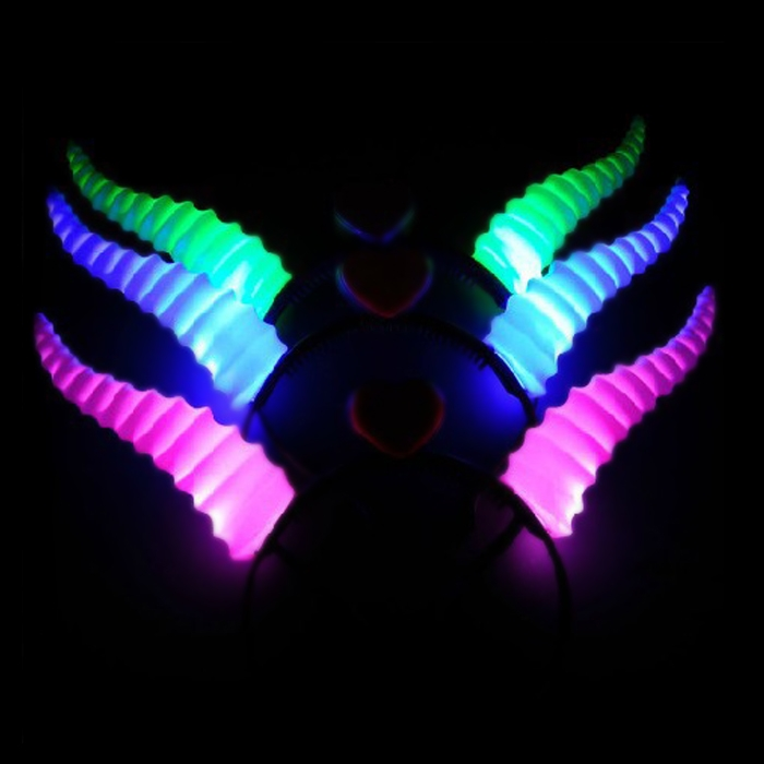 4PCS LED Flashing Horn Headband Blinking Glow Antelope Hairpins Party Prop